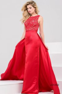 Večerní  šaty  skladem Jovani 32372