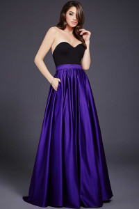 Večerní  šaty  skladem Jovani 37184