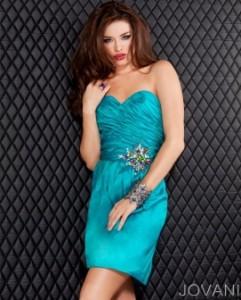 Koktejlové  šaty  skladem Jovani 773