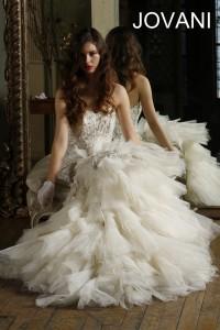 Svatební šaty Jovani JB77673