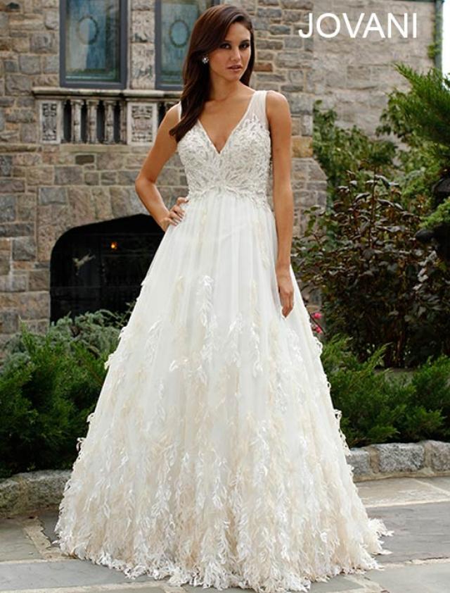Svatební šaty Jovani JB92931